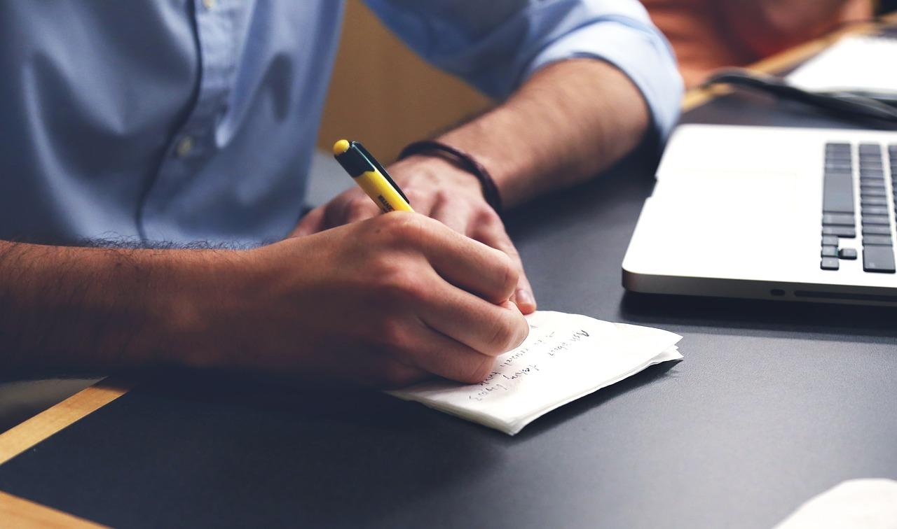 Energie besparen op kantoor (10 tips)